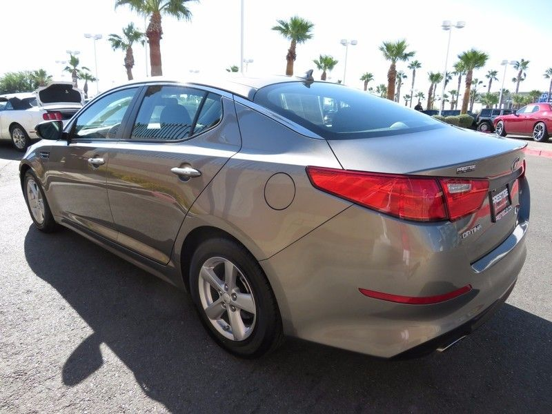 2015 Kia Optima 4dr Sedan LX - 16895884 - 6