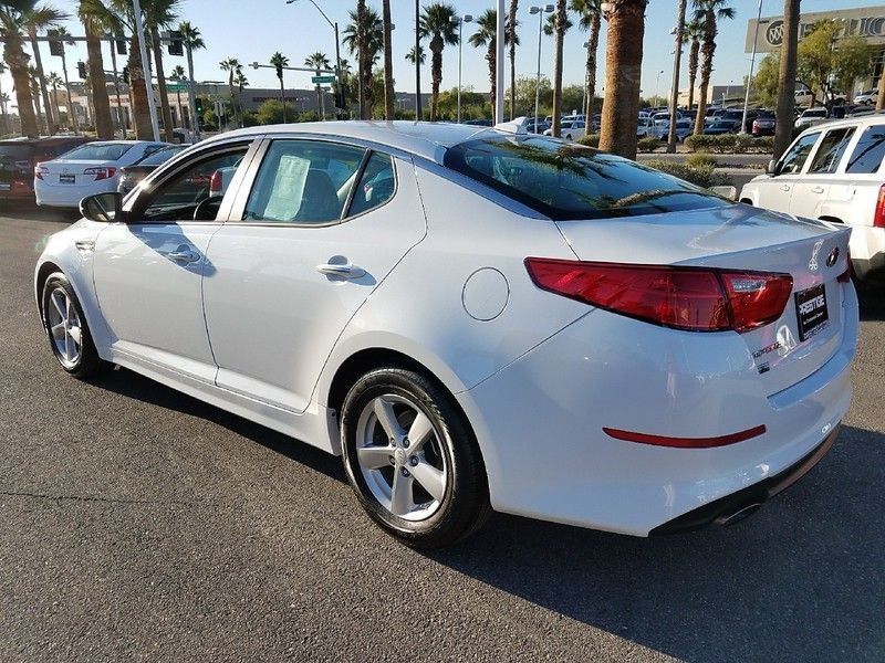 2015 Kia Optima 4dr Sedan LX - 17002653 - 6