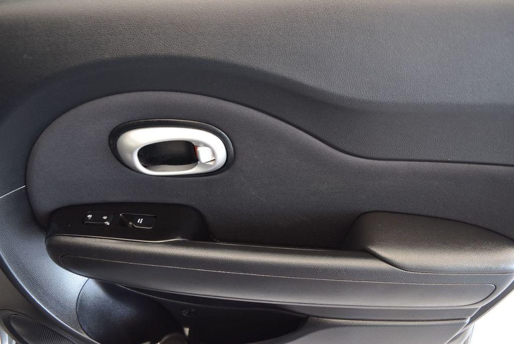 2015 Kia Soul 5dr Wagon Automatic + - 17752242 - 25
