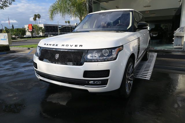 2015 Land Rover Range Rover 4WD 4dr Autobiography Black LWB - Click to see full-size photo viewer