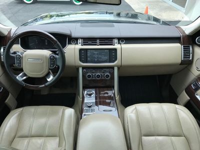 2015 Land Rover Range Rover HSE 2015 Land Rover Range Rover HSE - Click to see full-size photo viewer