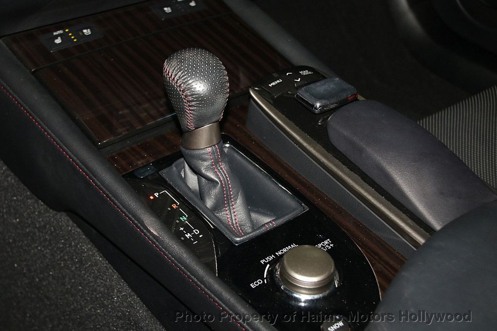 2015 Lexus GS 350 4dr Sedan Crafted Line RWD - 16932880 - 24