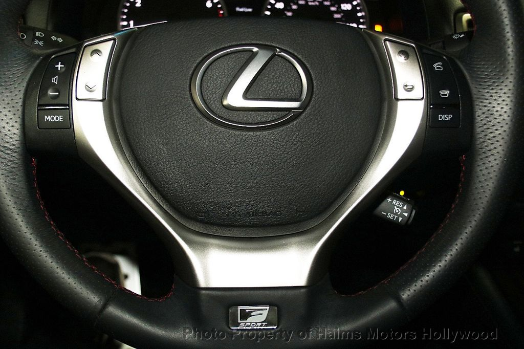 2015 Lexus GS 350 4dr Sedan Crafted Line RWD - 16932880 - 29