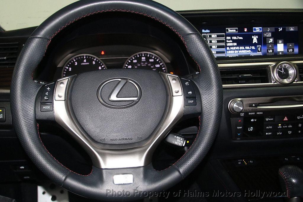 2015 Lexus GS 350 4dr Sedan Crafted Line RWD - 16932880 - 31