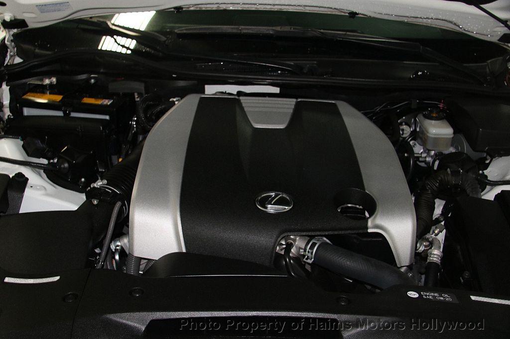2015 Lexus GS 350 4dr Sedan Crafted Line RWD - 16932880 - 36