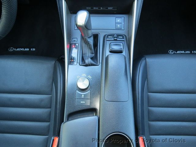 2015 Lexus IS 250 4dr Sport Sedan Automatic RWD - 17180769 - 18