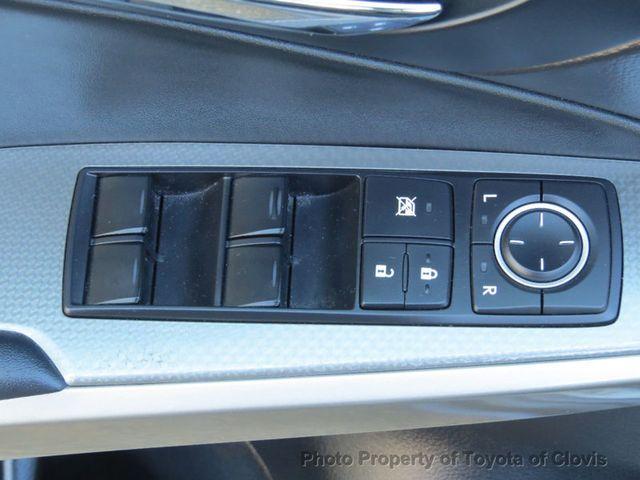 2015 Lexus IS 250 4dr Sport Sedan Automatic RWD - 17180769 - 32