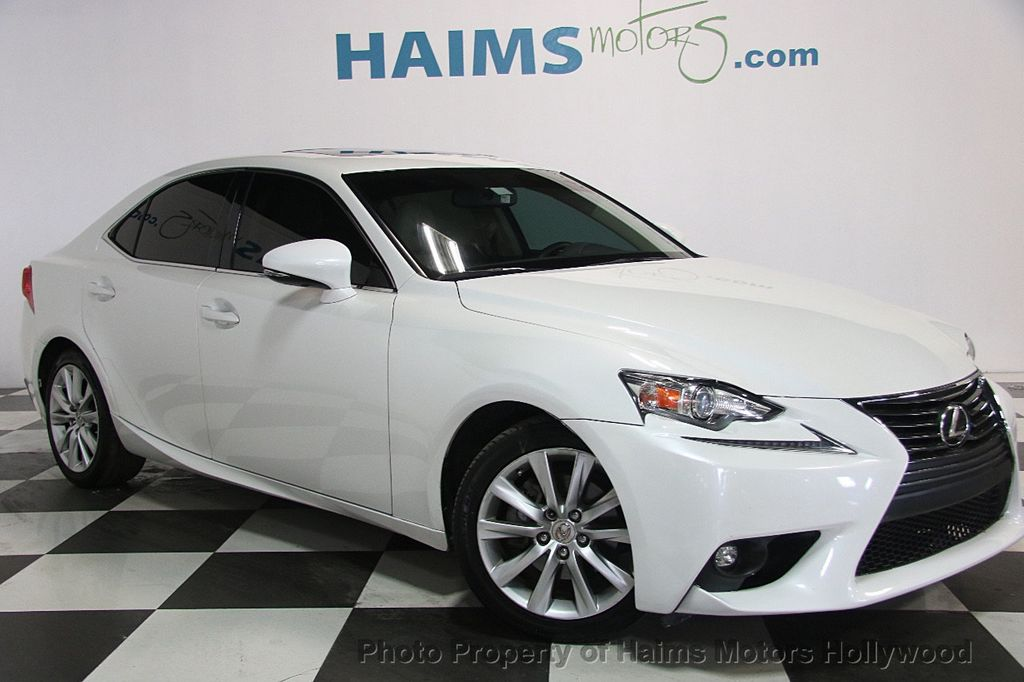2015 Lexus IS 250 Base Trim - 17165118 - 3