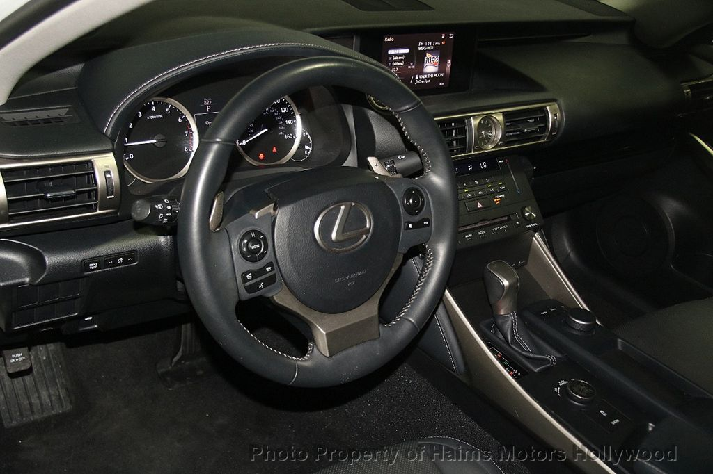 2015 Lexus IS 250 Base Trim - 18146720 - 17