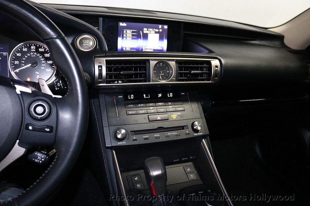 2015 Lexus IS 250 Base Trim - 18415449 - 19