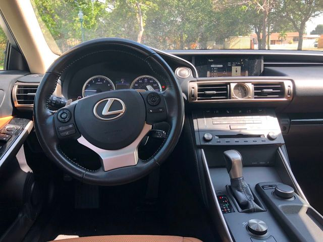 2015 Lexus IS 250 Base Trim - Click to see full-size photo viewer