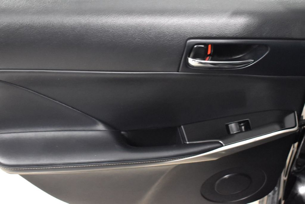 2015 Lexus IS 250 Base Trim - 18546507 - 11