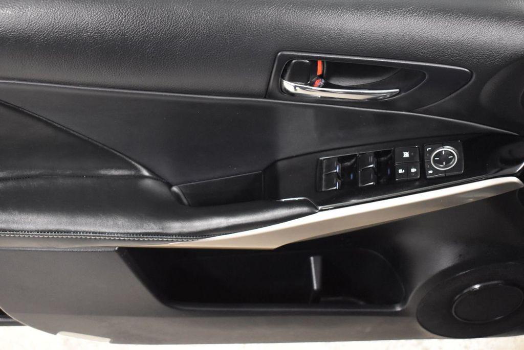 2015 Lexus IS 250 Base Trim - 18546507 - 13