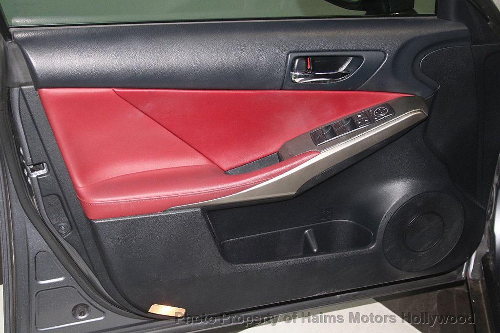 2015 Lexus IS 350 4dr Sedan RWD - 17422245 - 9