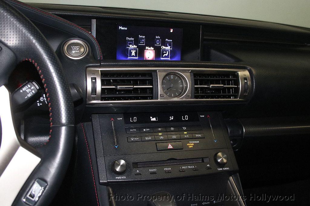 2015 Lexus IS 350 4dr Sedan RWD - 17422245 - 19