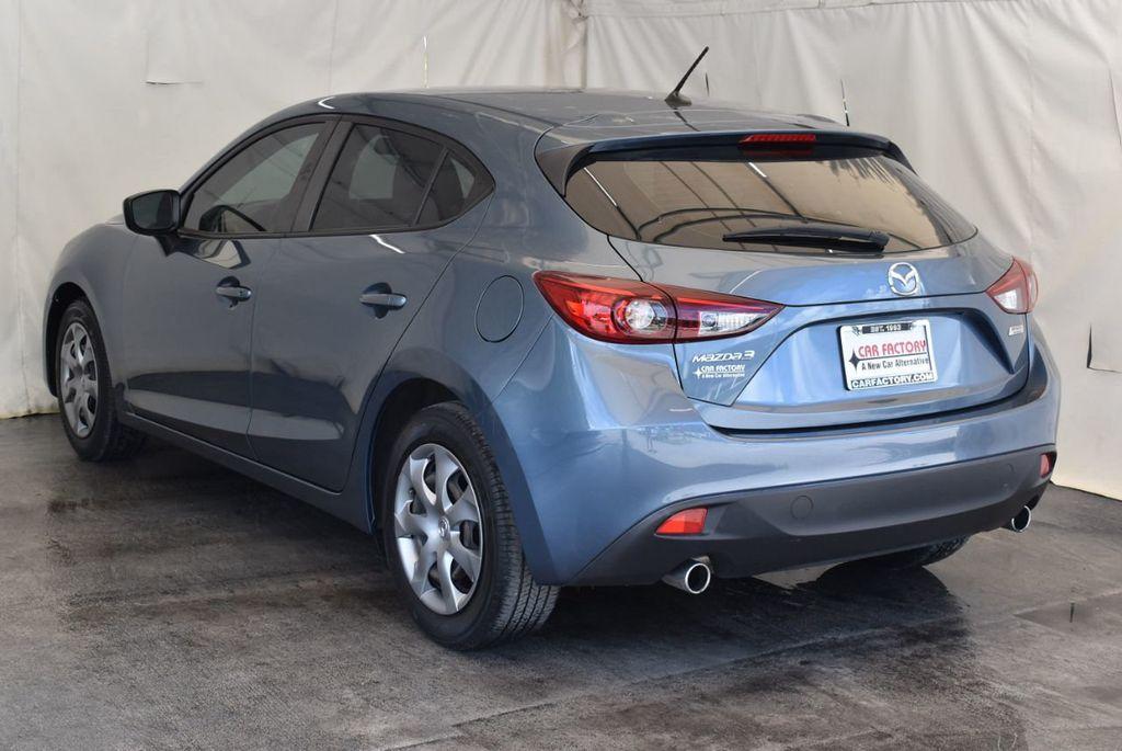 2015 Mazda Mazda3 4dr Sedan Automatic i Sport - 18044374 - 5