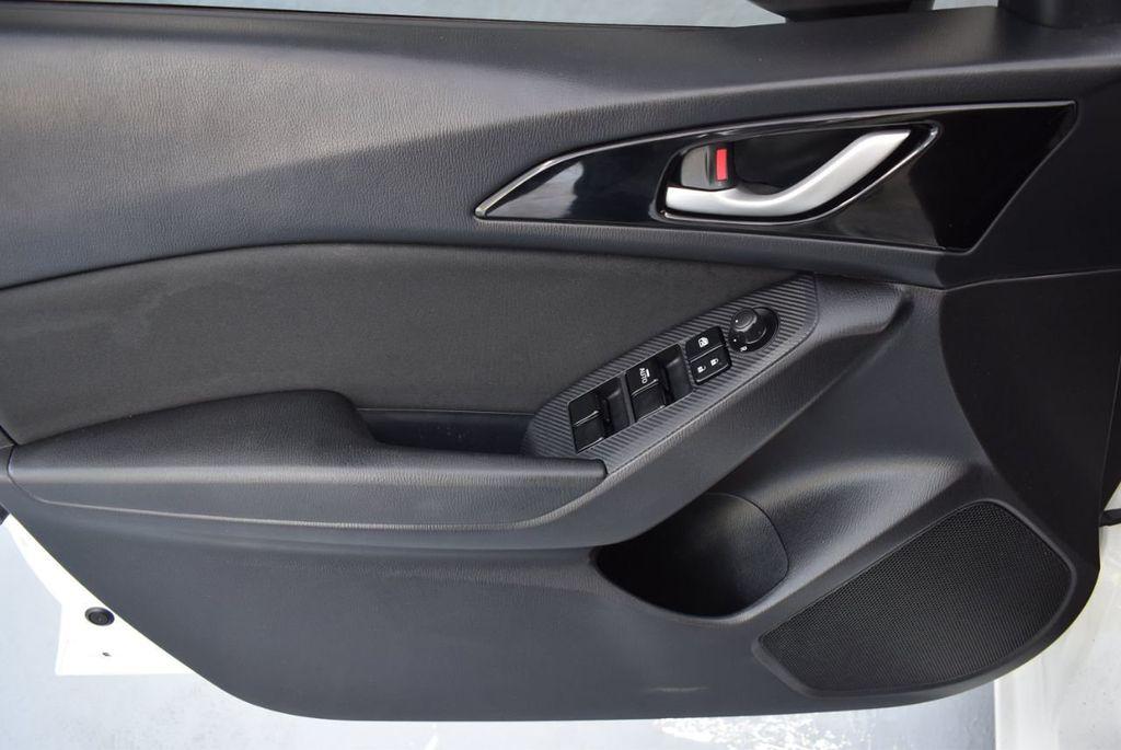 2015 Mazda Mazda3 I SPORT - 18319309 - 15