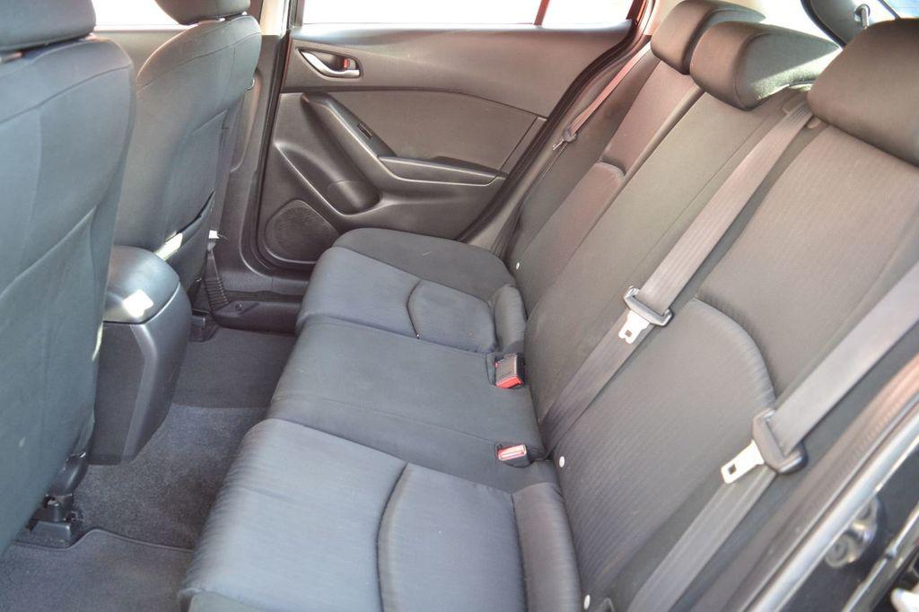2015 Mazda Mazda3 Mazda Mazda3 i Sport Hatchback AutoCheck 1-Owner - 18253798 - 12