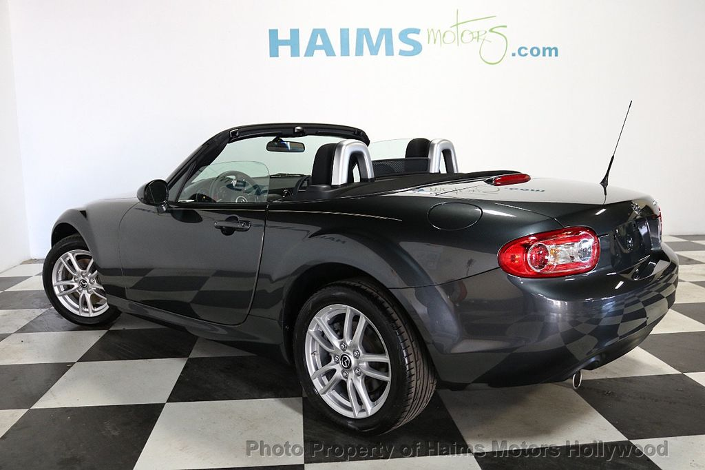 2015 Mazda MX-5 Miata 2dr Convertible Automatic Club - 18491764 - 4