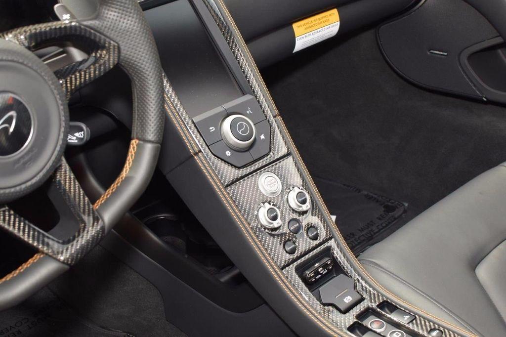 2015 McLaren 650S 2dr Convertible Spider - 15483160 - 23
