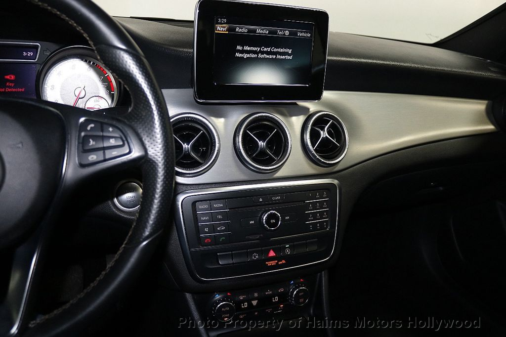 2015 Mercedes-Benz CLA 4dr Sedan CLA 250 FWD - 17961603 - 18