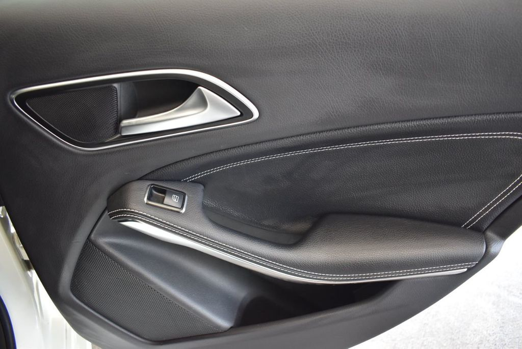 2015 Mercedes-Benz CLA 4dr Sedan CLA 250 FWD - 17752220 - 22