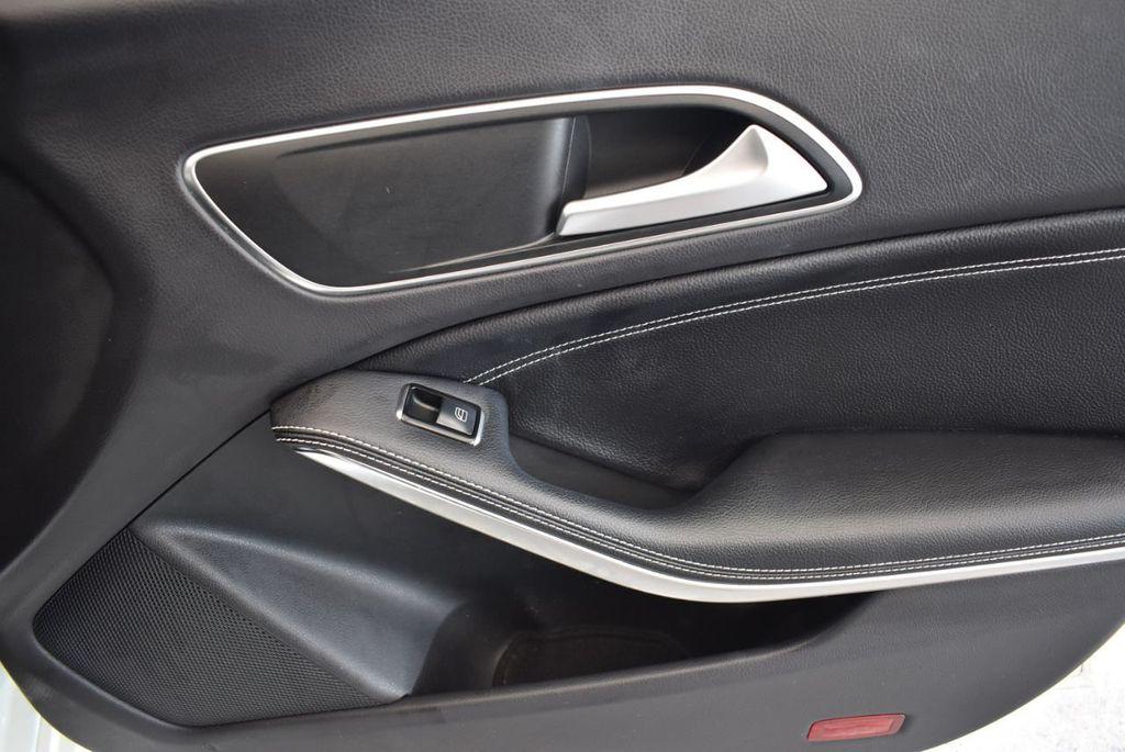 2015 Mercedes-Benz CLA 4dr Sedan CLA 250 FWD - 17752220 - 24