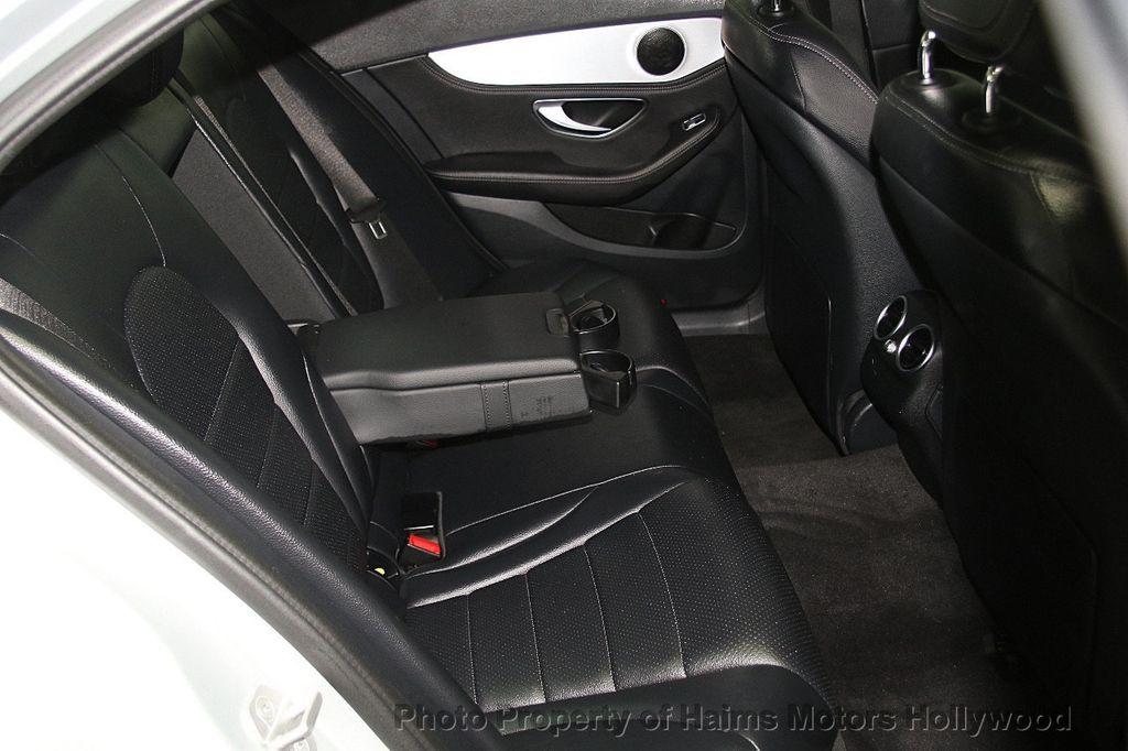 2015 Mercedes-Benz C-Class 4dr Sedan C 300 4MATIC - 17039674 - 15