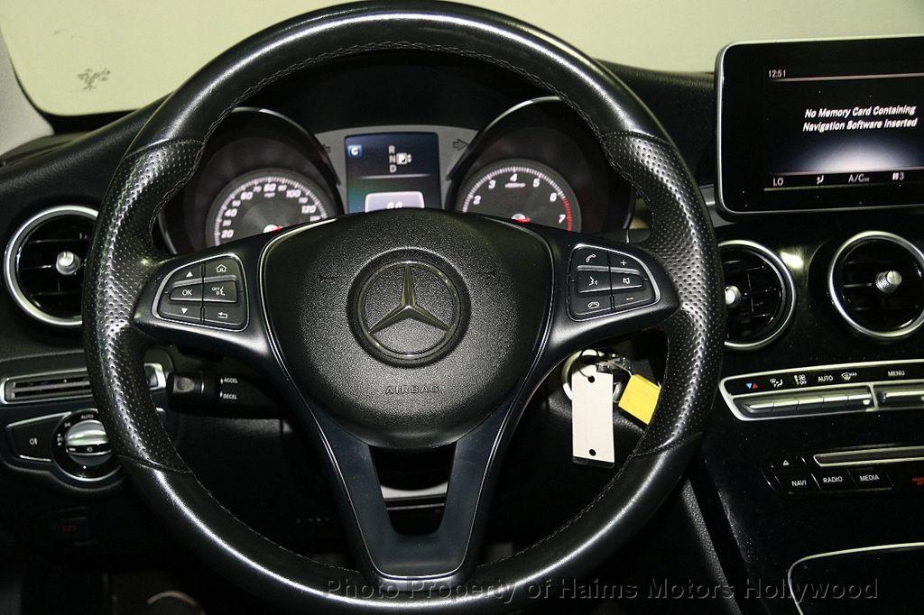 2015 Mercedes-Benz C-Class 4dr Sedan C 300 4MATIC - 17039674 - 26