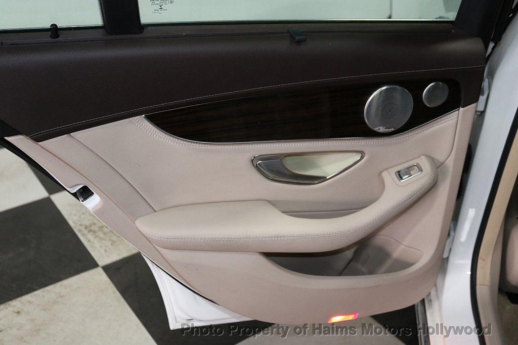 2015 Mercedes-Benz C-Class 4dr Sedan C 300 4MATIC - 18065824 - 11
