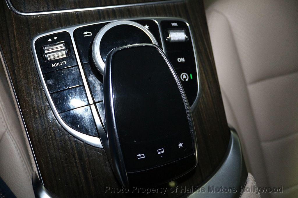 2015 Mercedes-Benz C-Class 4dr Sedan C 300 4MATIC - 18065824 - 24