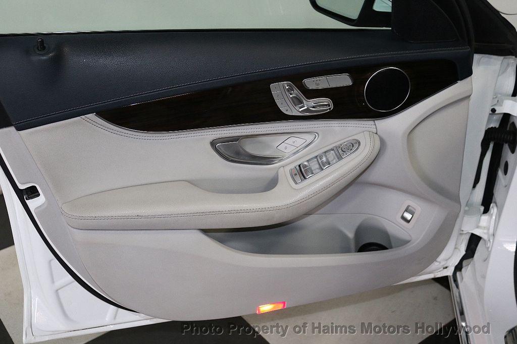 2015 Mercedes-Benz C-Class 4dr Sedan C 300 4MATIC - 18412375 - 10