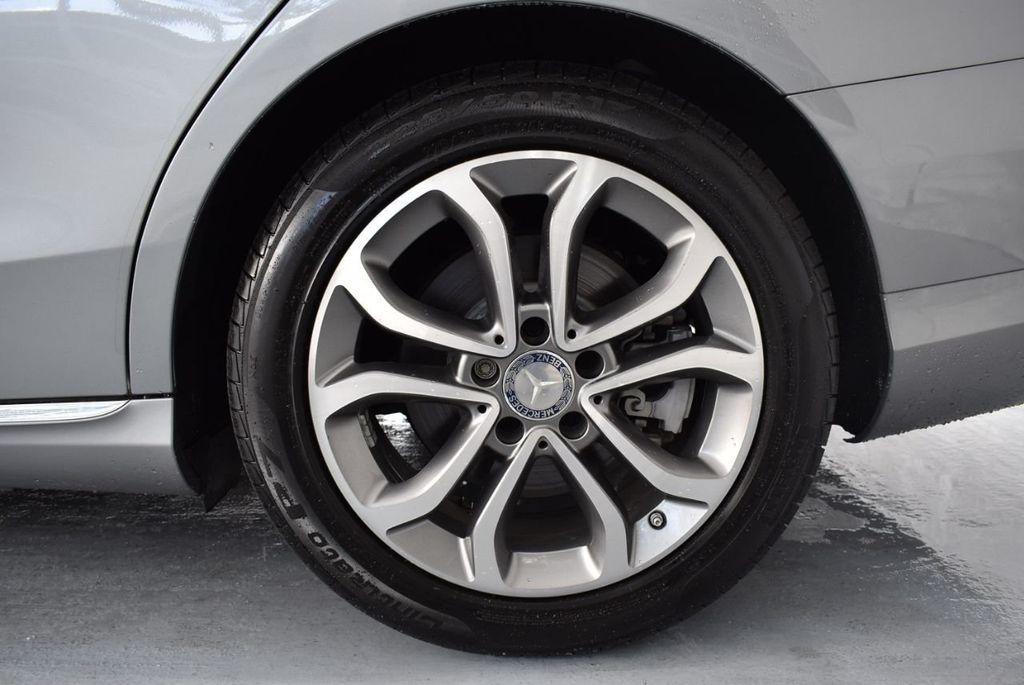 2015 Mercedes-Benz C-Class 4dr Sedan C 300 RWD - 18102133 - 10