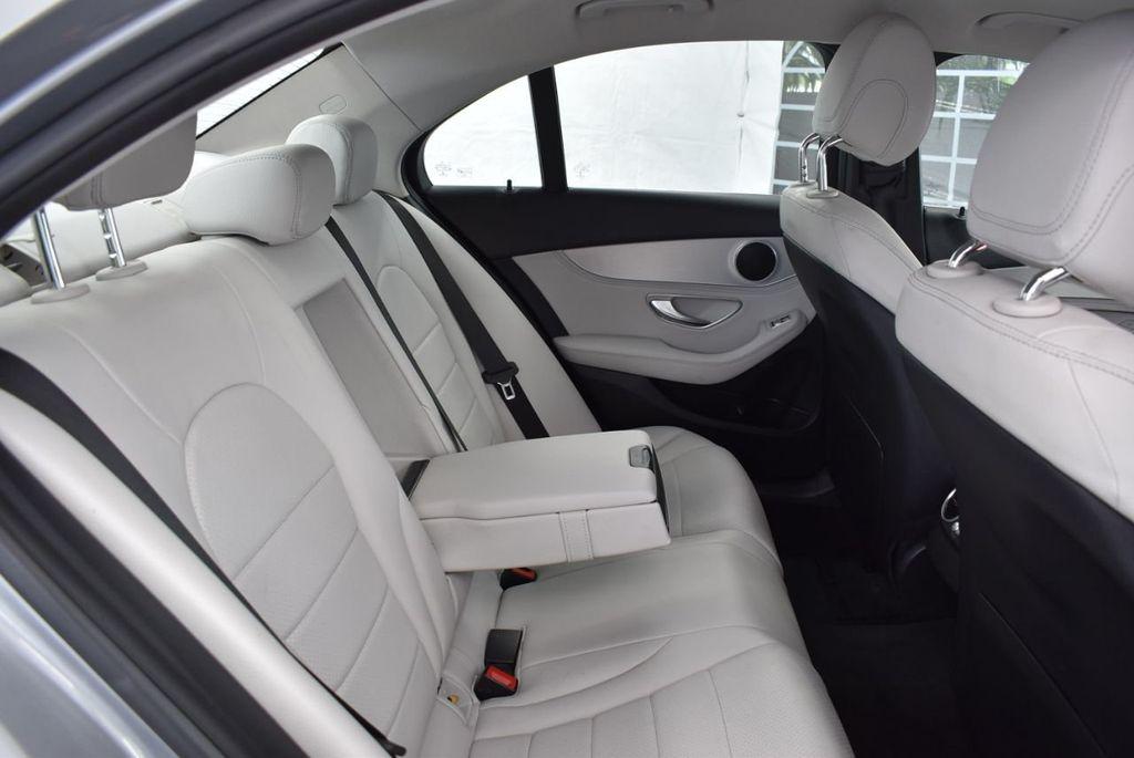 2015 Mercedes-Benz C-Class 4dr Sedan C 300 RWD - 18102133 - 22