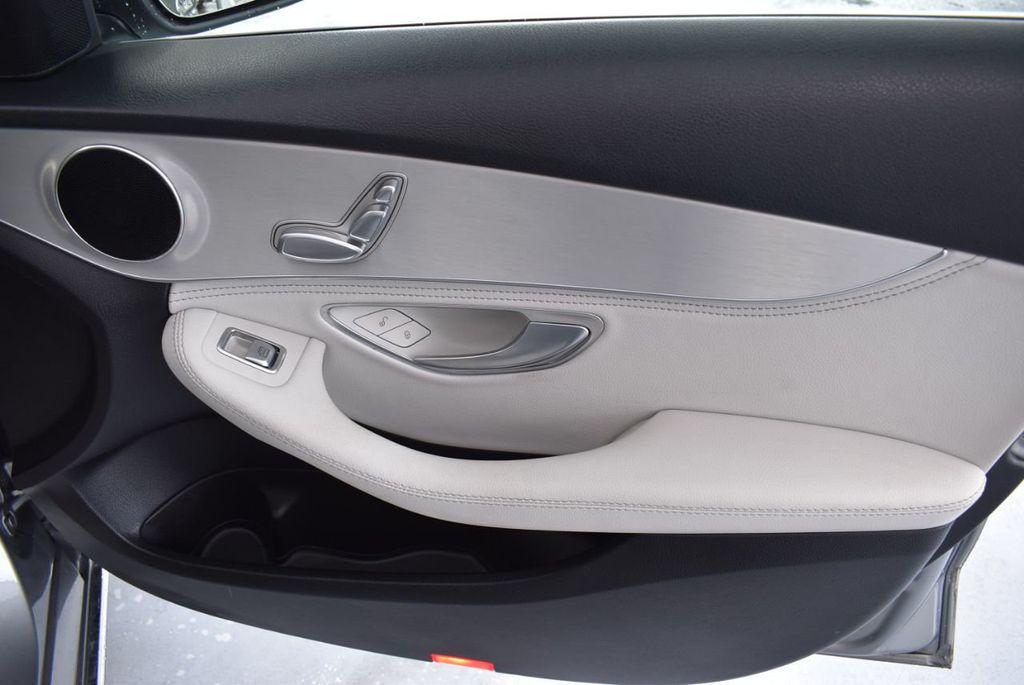 2015 Mercedes-Benz C-Class 4dr Sedan C 300 RWD - 18102133 - 24