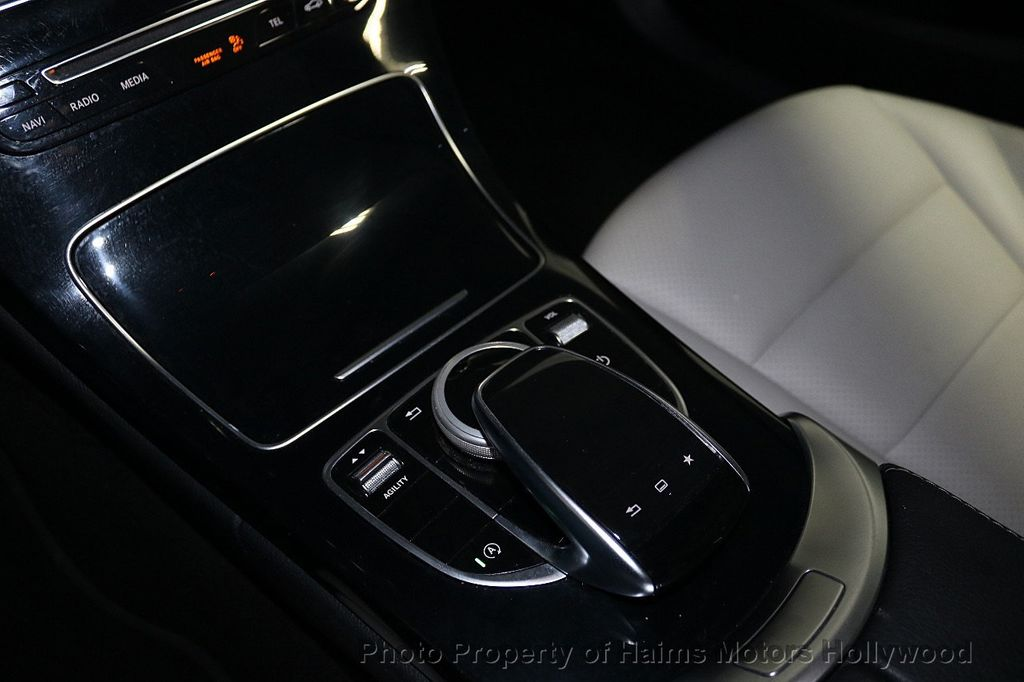 2015 Mercedes-Benz C-Class 4dr Sedan C 300 RWD - 18230854 - 20