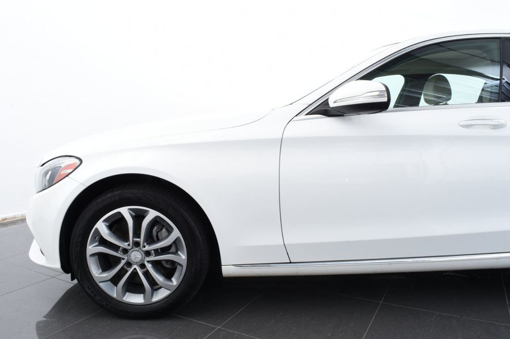 2015 Mercedes-Benz C-Class  Designo Package, Sport Package - 18032477 - 4