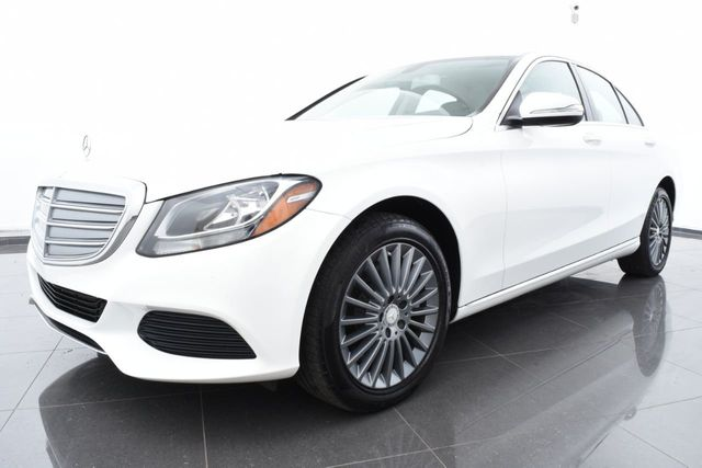 2015 Mercedes-Benz C-Class Luxury Exterior Package