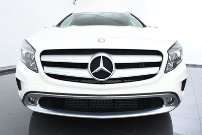 2015 Mercedes-Benz GLA 4MATIC 4dr GLA 250 - Click to see full-size photo viewer
