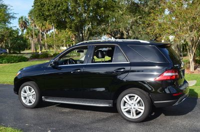 2015 Mercedes-Benz M-Class 4MATIC 4dr ML 350 W/P1 Package and Navigation - Click to see full-size photo viewer