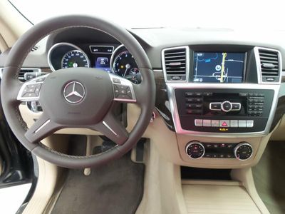 2015 Mercedes-Benz M-Class ML350 4MATIC - Click to see full-size photo viewer