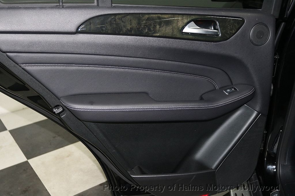 2015 Mercedes-Benz M-Class RWD 4dr ML 350 - 18501500 - 11