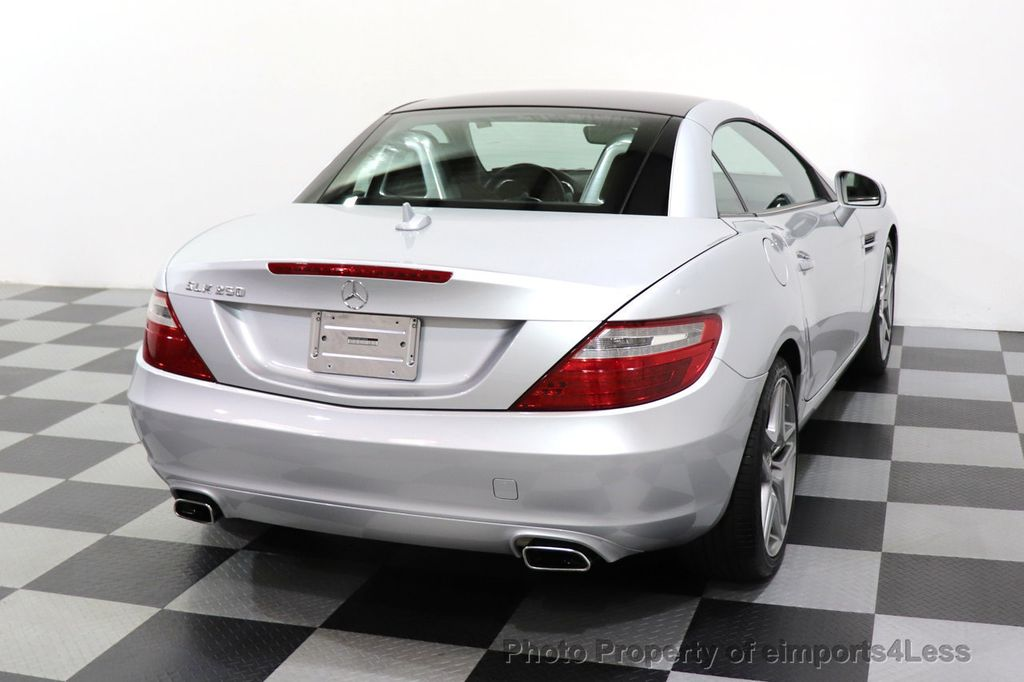 2015 Mercedes-Benz SLK CERTIFIED SLK250 ROADSTER 6 SPEED MANUAL TRANSMISSION - 17160374 - 28