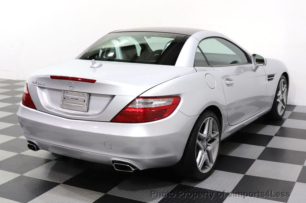 2015 Mercedes-Benz SLK CERTIFIED SLK250 ROADSTER 6 SPEED MANUAL TRANSMISSION - 17160374 - 39