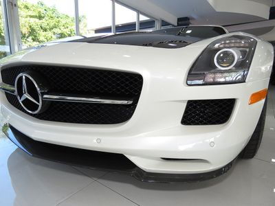 2015 Mercedes-Benz  2dr Cpe SLS AMG GT Final Edition - Click to see full-size photo viewer