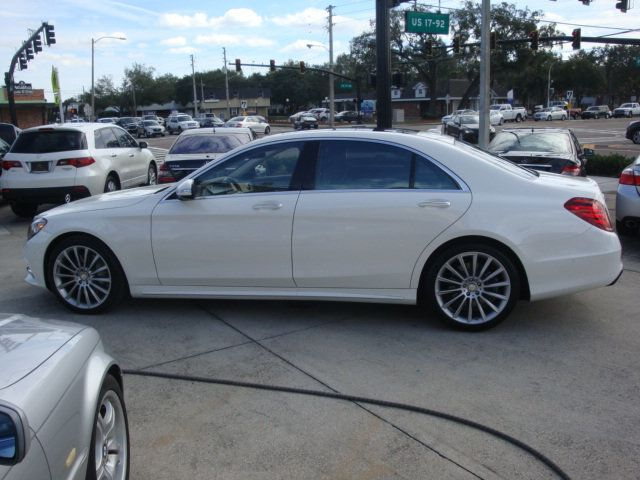 2015 Mercedes-Benz S-Class 4dr Sedan S550 4MATIC - 14694562 - 41