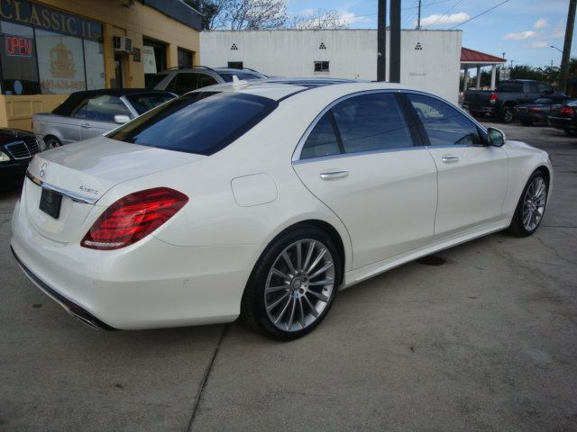 2015 Mercedes-Benz S-Class 4dr Sedan S550 4MATIC - 14694562 - 46