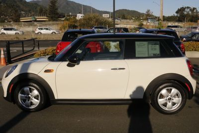 2015 MINI Cooper Hardtop 2 Door  Coupe - Click to see full-size photo viewer