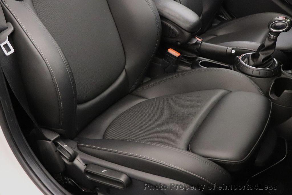 2015 MINI Cooper S Hardtop 4 Door CERTIFIED Cooper S 4 DOOR PANO Comfort Access - 18545378 - 22