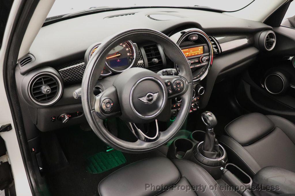 2015 MINI Cooper S Hardtop 4 Door CERTIFIED Cooper S 4 DOOR PANO Comfort Access - 18545378 - 31